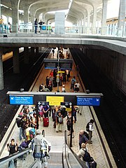 gare de l 39 a roport charles de gaulle 1 wikip dia. Black Bedroom Furniture Sets. Home Design Ideas