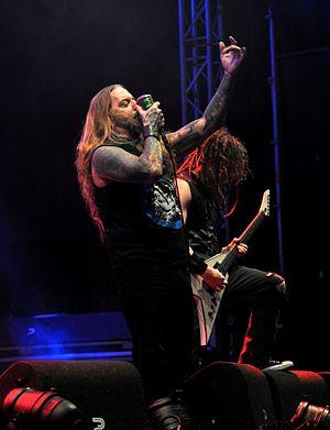 DevilDriver - DevilDriver performing live in 2016, Dez Fafara (front), Mike Spreitzer (back)