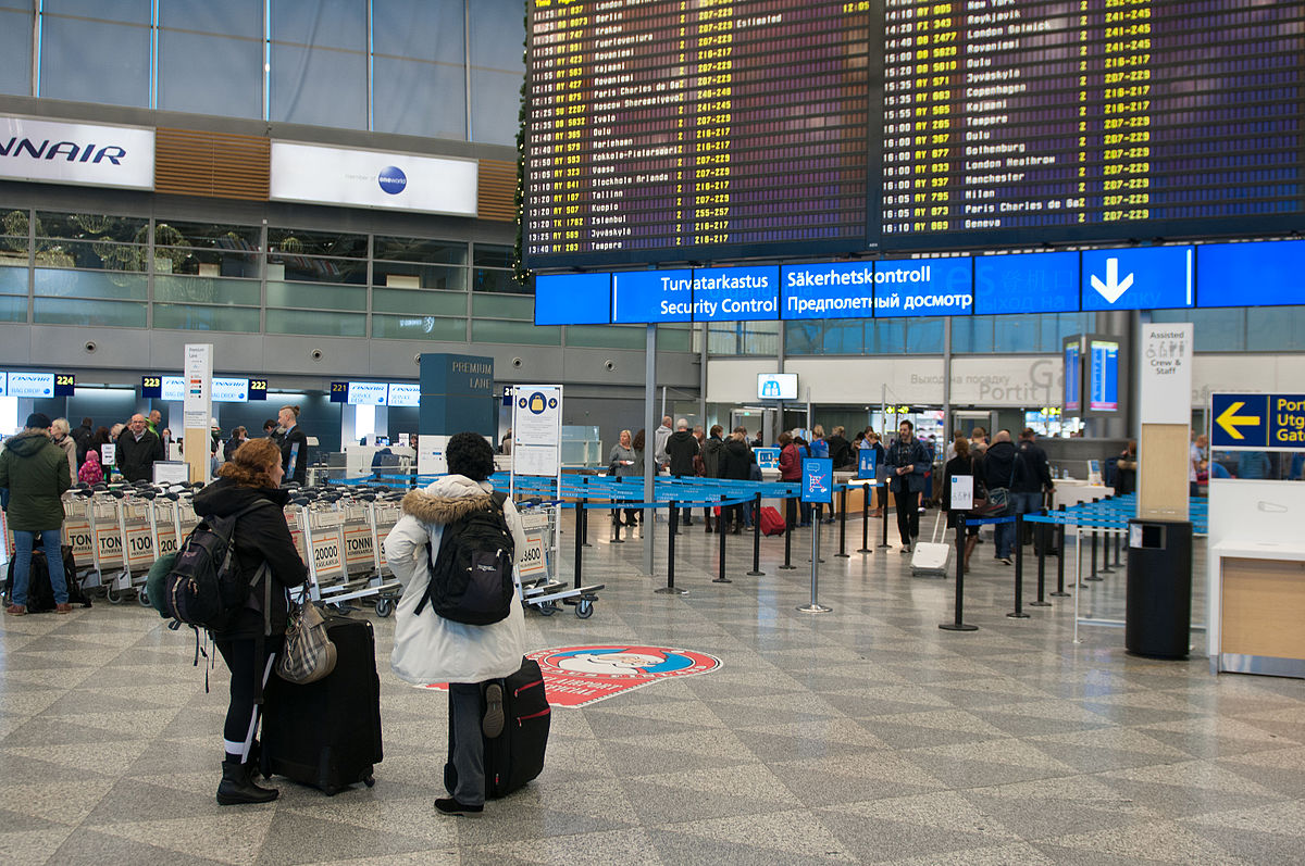 Bildergebnis für Flughafen Helsinki , sicherheit control