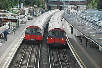 South Ealing tube station - Image: 150729.185616. South Ealing. London Underground Piccadilly Line