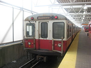 1700 series stock on MBTA Red Line.jpg
