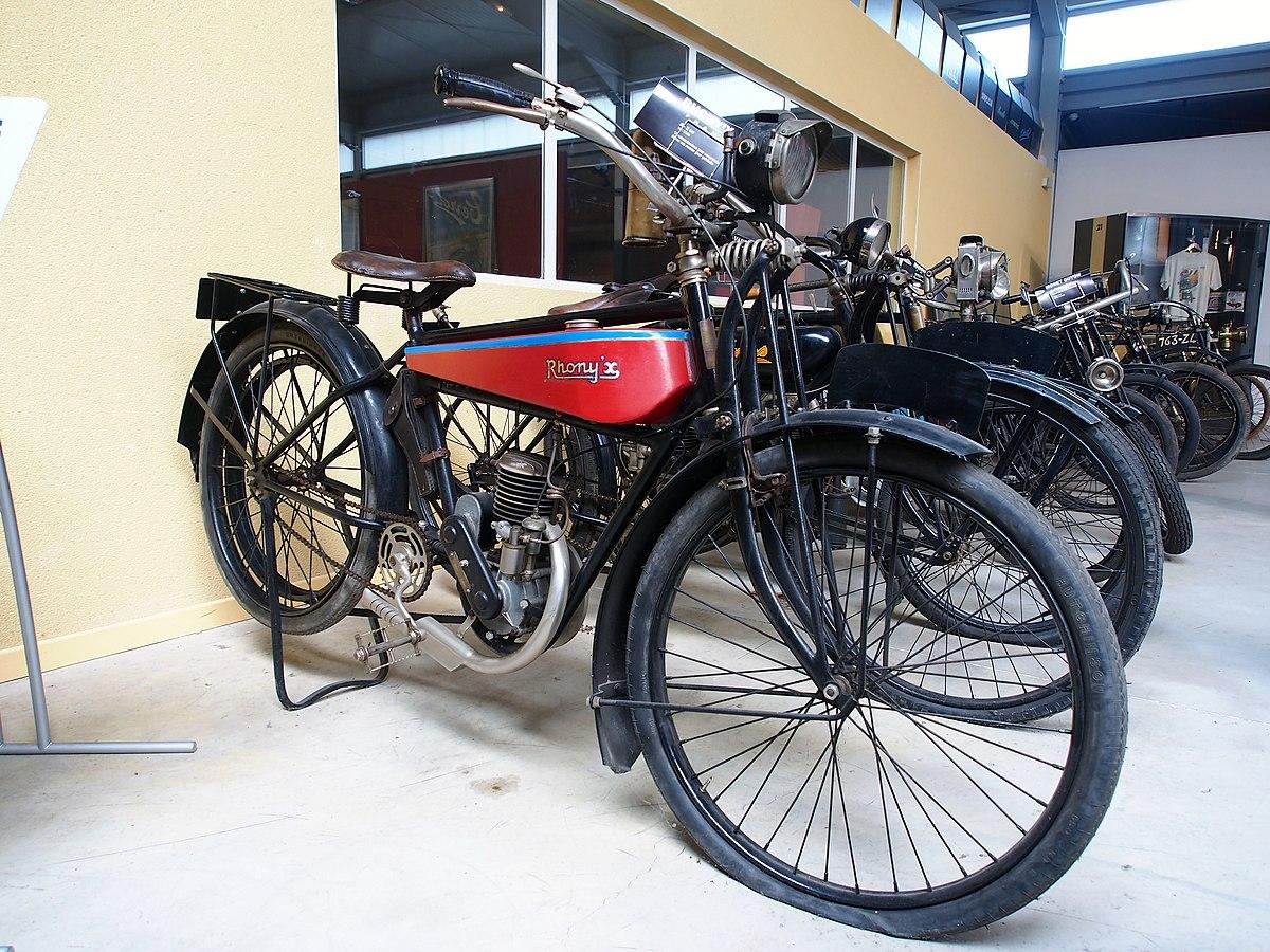 file 1926 rhony u0026 39 x a 2cv  mus u00e9e de la moto et du v u00e9lo  amneville  france  pic-001 jpg