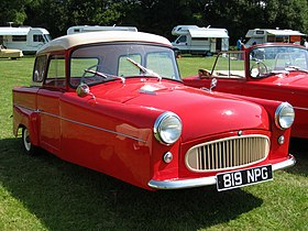 1960 Bond Minicar Mark F Family Saloon.jpg