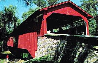 Bogert Covered Bridge - Image: 1965 Bogarts Bridge North Stone Approach