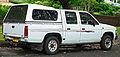 1992-1994 Nissan Navara (D21) DX V6 4-door utility (2011-11-18) 02.jpg