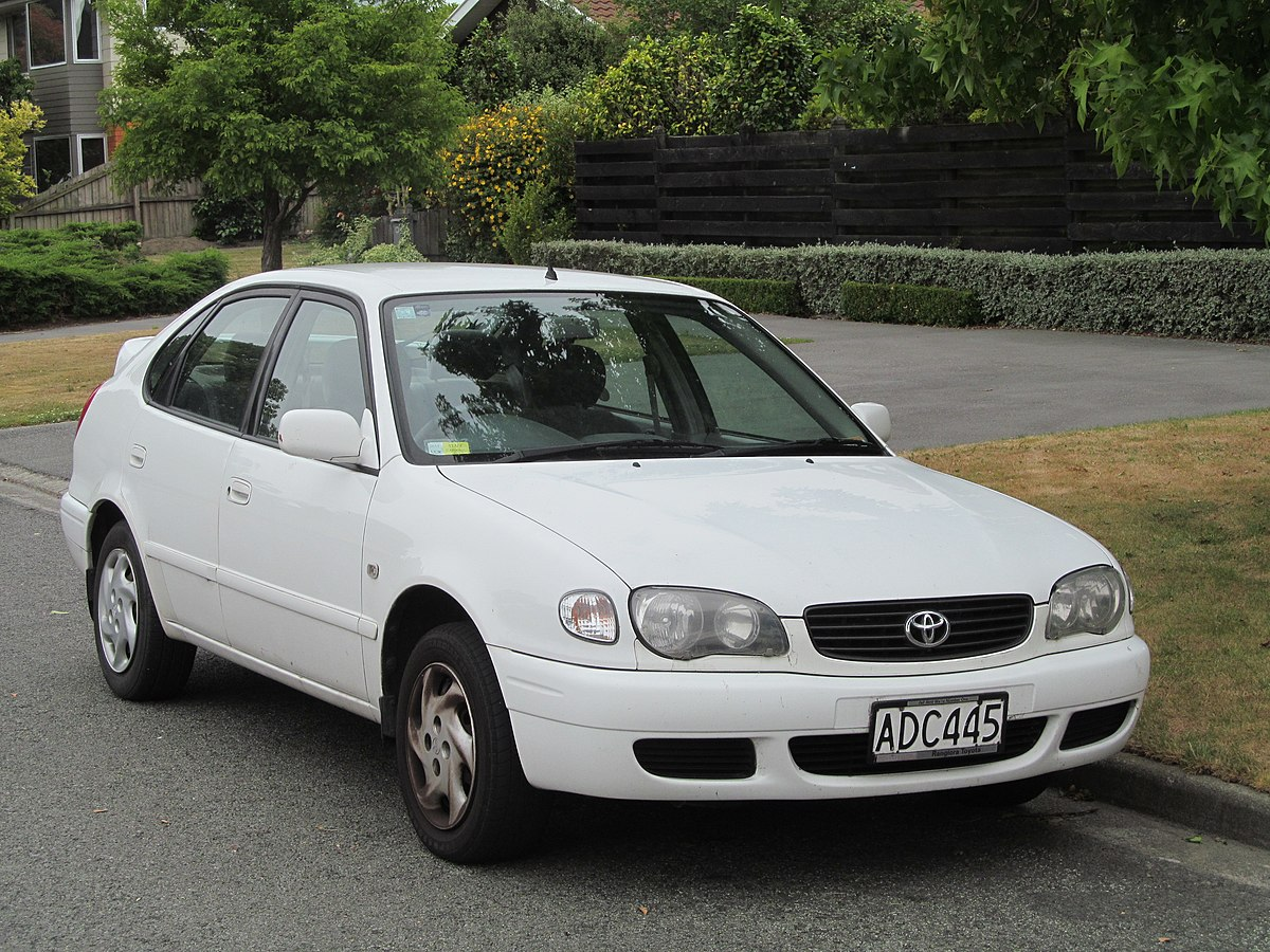 File 2001 Toyota Corolla Gl Hatchback New Zealand Jpg
