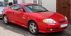 2004 Hyundai Coupe S 1.6 Front.jpg