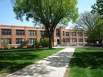 Minnesota State University Moorhead - Image: 2009 0522 Moorhead State Lommen Hall