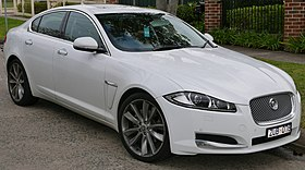 2013 Jaguar XF (X250 MY13) Luxury 2.2 sedan (2015-08-07) 01.jpg