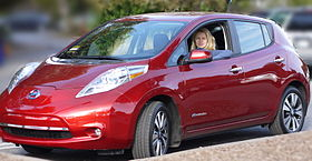 2013 Red Nissan Leaf SL.JPG