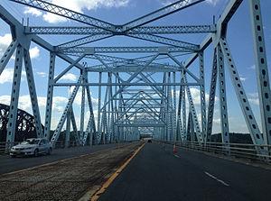 Castleton Bridge - Image: 2014 08 28 14 21 13 View west crossing the Castleton Bridge over the Hudson River