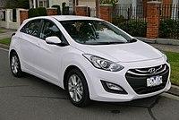2014 Hyundai i30 (GD2 MY14) Trophy 5-door hatchback (2015-07-24) 01.jpg