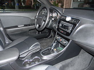 Chrysler 200 - Interior
