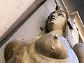262 Antiga clínica Sabaté (Tortosa), esfinx dreta, en contrapicat.JPG