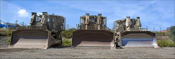 3-IDF-D9-bulldozers-Zachi-Evenor-cropped01.jpg