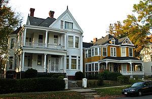 Highland Park (Richmond) - View north on 3rd Avenue near Cypress Street