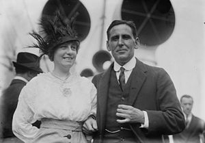 Alfred Dunlop - Alfred Dunlop with his wife, Lucille Adeline Wickham Treadway (1874-1951)
