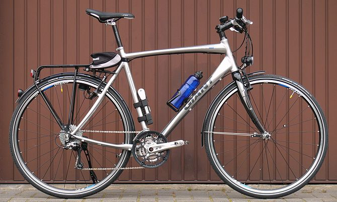 hybrid bicycle, lightweight construction.