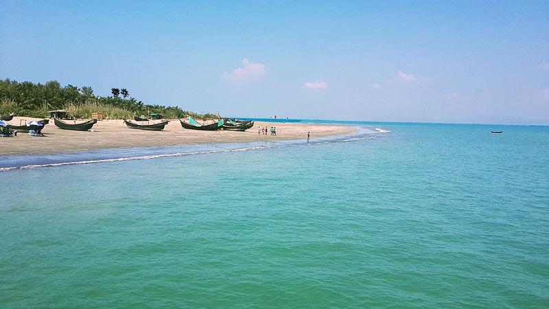 File:A View of Saint Martin Beach.jpg