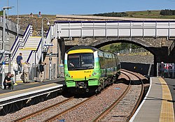 A train pulling out of Stow Station.jpg