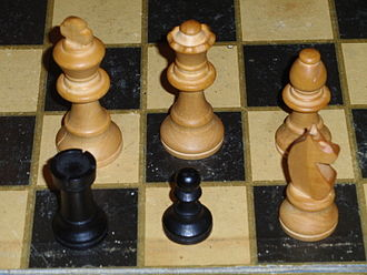 Staunton chess set - Wooden Staunton chessmen, Britain, c.1970s. Turned on lathe, then non-circular details added by hand. The knights were made in two parts.