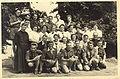 Abbé pierrat et chefs scouts vers 1955.jpg