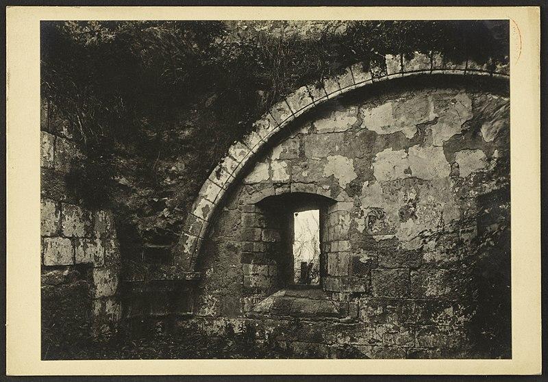 File:Abbaye de Saint Pierre de l'Isle à Ordonnac - J-A Brutails - Université Bordeaux Montaigne - 1257.jpg
