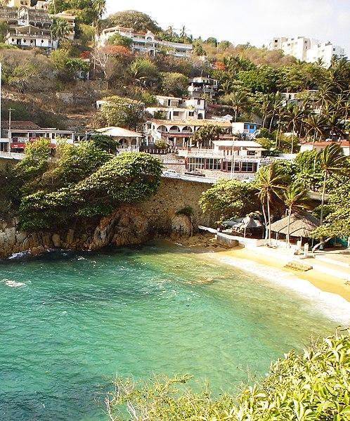 Archivo:Acapulco - Playa Langosta '05.JPG