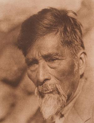 Achomawi - Achomawi man (circa 1923)
