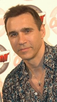 Adrian Paul 2010 Paris.jpg
