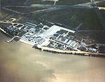 Aerial view of US Naval Air Station Anacostia c1940.jpg