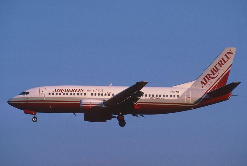 Air Berlin USA Boeing 737-3Y0; N67AB, July 1986 BGT (5066918954).jpg