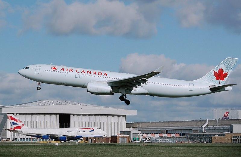 800px-Aircanada.a330-300.c-ghkr.arp.jpg
