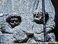 Angelots sculptés sur la Vierge de l'oratoire du bois de la Marquerie.jpg