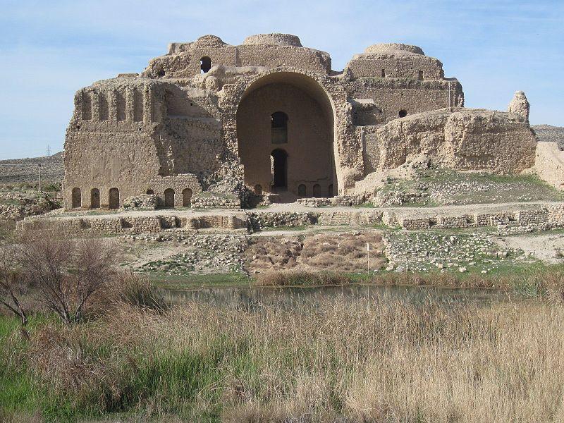800px-Ardeshir-palace-common.jpg