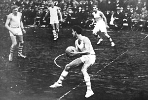 Basketball in Argentina - Argentina and Uruguay national sides, playing in 1925