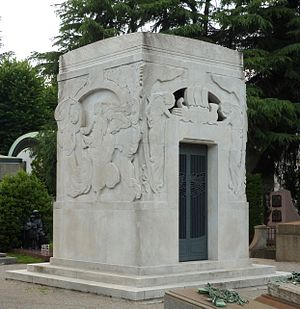 Arturo Toscanini - Toscanini's family tomb at the Monumental Cemetery of Milan in 2015