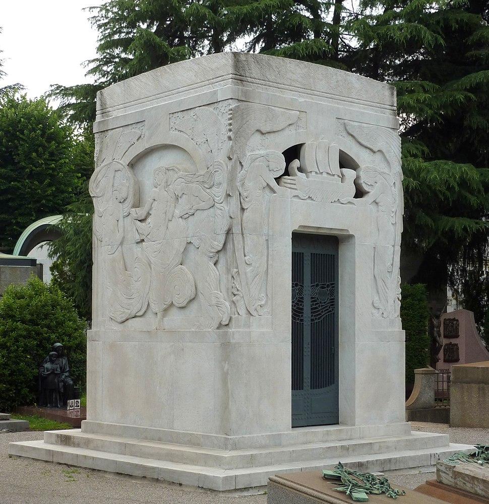 Arturo Toscanini grave Milan 2015
