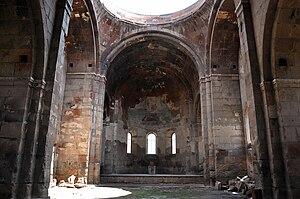 Aruchavank - Image: Aruchavank interior