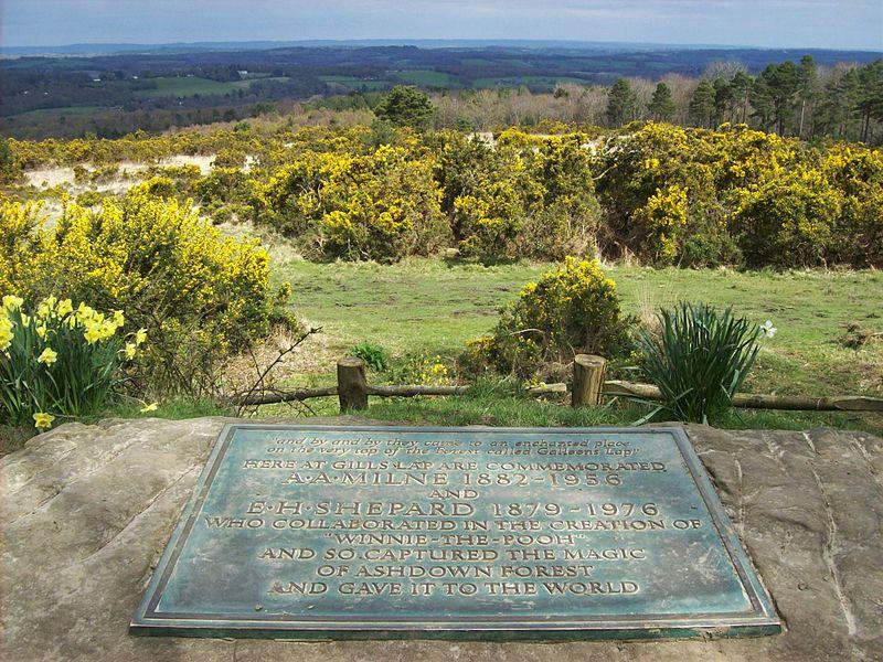 File:Ashdown Forest, Milne memorial, Gill's Lap 02.JPG