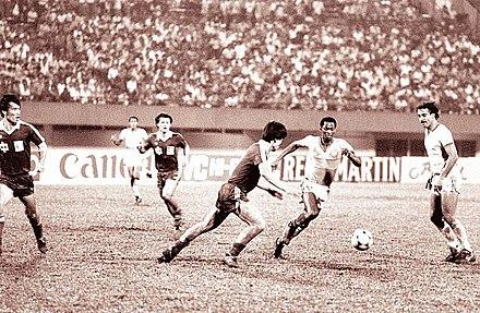 cb168a91d المنتخب السعودي لعب مع المنتخب الصيني في كأس آسيا 1984م