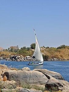 Aswan Nile R04.jpg