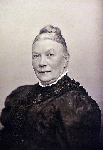 Alwina Gossauer - Self-portrait around 1900