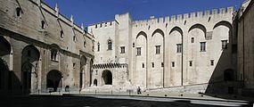 Avignon Papal Palace - Court d'honneur.jpg