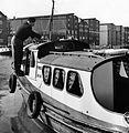Båtpuss i kanalen (4586032021).jpg