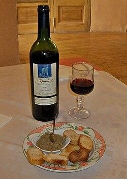 Bandol & Caviar d'Aubergine.JPG