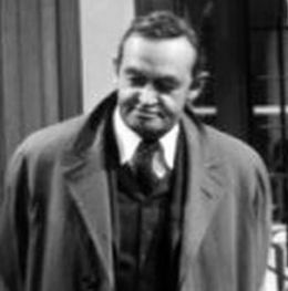 Barry Fitzgerald, 1945.jpg