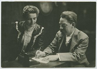 LSE Students' Union - Sidney and Beatrice Webb (Founders of LSE)