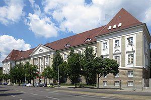 Royal School of Art in Berlin - the school's 1920 building, Grunewaldstrasse, Schoeneberg, Berlin