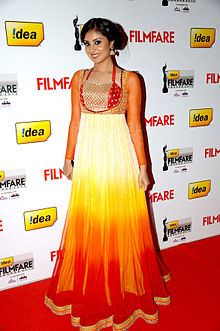 Bhanu Sri Mehra at 60th South Filmfare Awards 2013.jpg